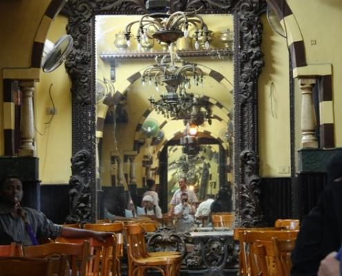 Cafe-El-Fishawi-El-Cairo-Egipto1